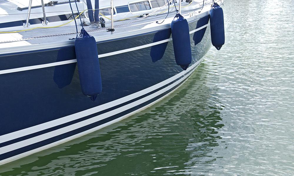 Polissage de bateau Boat Polishing
